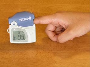 血中酸素濃度測定器(パルスオキシメーター)